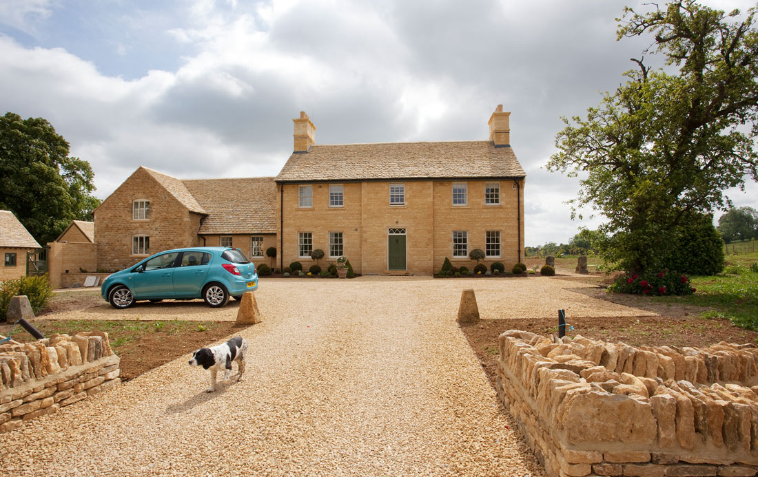 2-New-Farmhouse-Heythrop-Oxfordshire.jpg