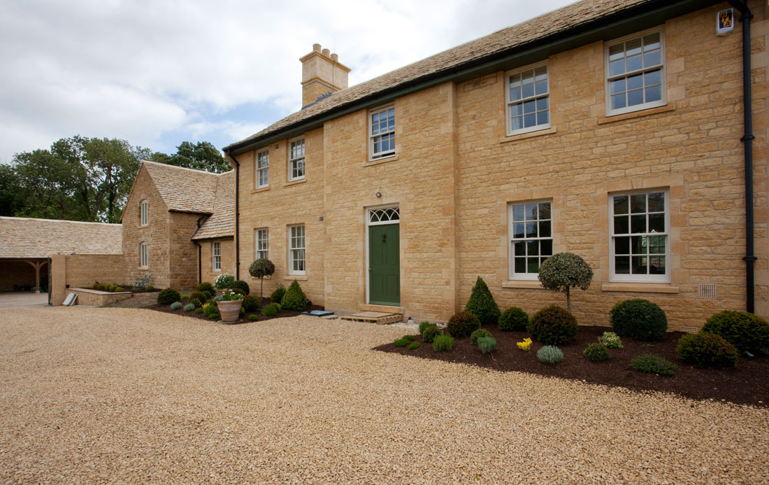 3-New-Farmhouse-Heythrop-Oxfordshire.jpg