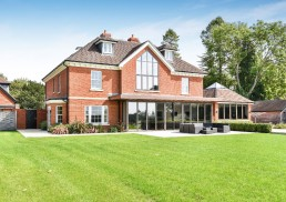 Traditional New Build House Compton